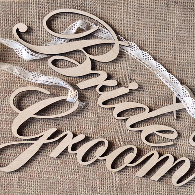 Wedding_Signs_Groom_Bride
