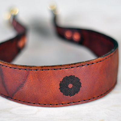 laser-cut-leather-camera-strap-productp