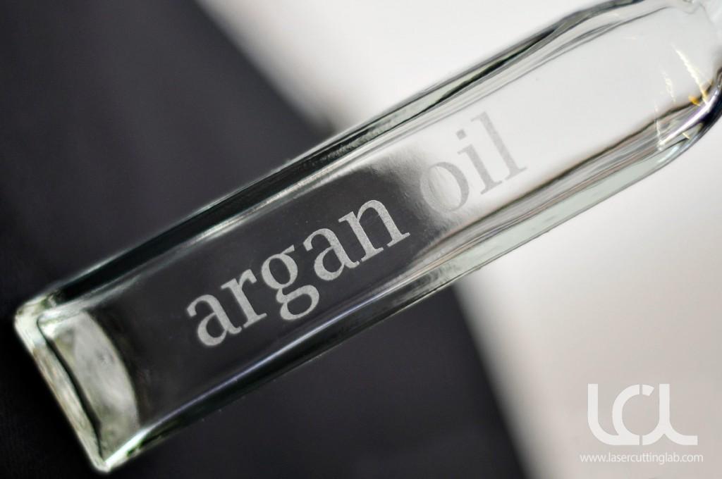 laser-engraved-glass-oil-bottle