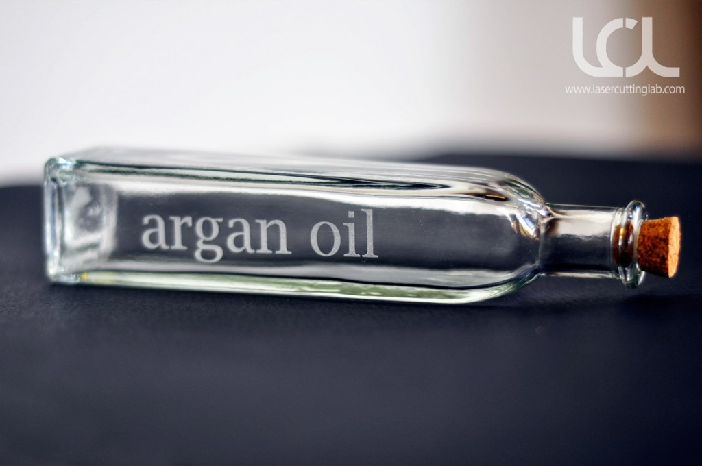 laser-engraved-glass-oil-bottles