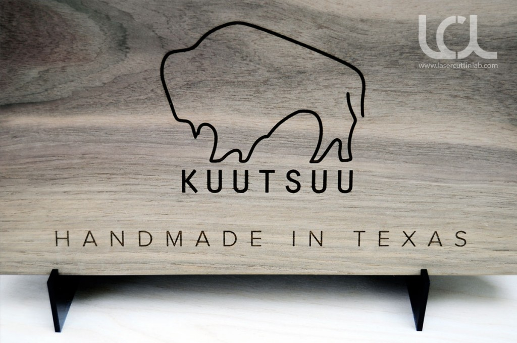 walnut-sign-laser-engraved-kuutsuu
