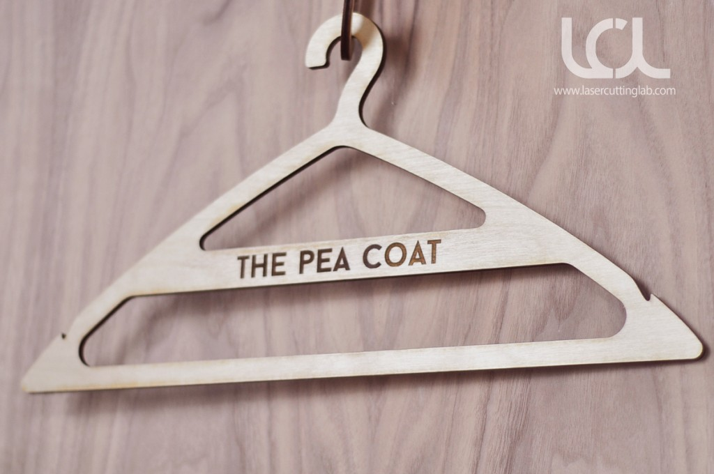 custom-clothing-hangers