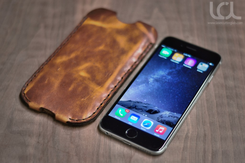 iphone-6-leather-sleeve