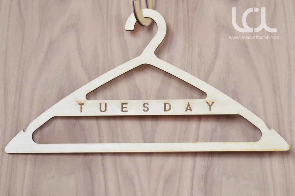 laser-cut-wooden-hangers-week-day